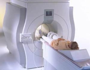 УЗИ или МРТ коленного сустава